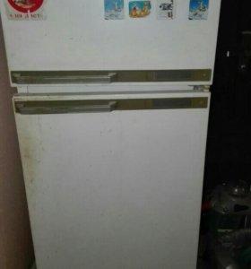 Холодильник Минск на зап.части