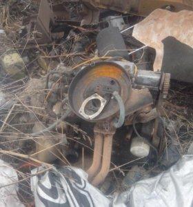 Двигатель от ваз2108.