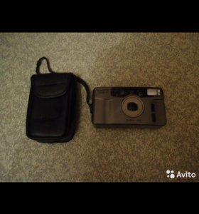 Фотоаппарат с чехлом