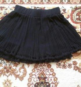Юбка плиссированная черная