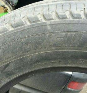 Шины Michelin (215/70 R 16) 4шт.