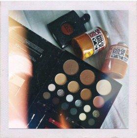 Услуги макияжа, маникюра, наращивания ногтей
