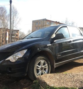 Ssang Yong Action Sport