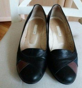 Туфли школьные 36р-р