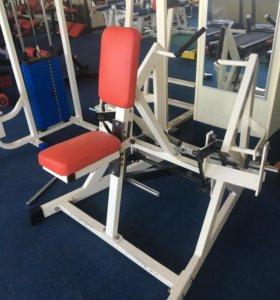 Тренажёр для мышц спины - рычажная тяга