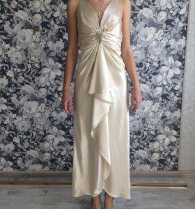 Платье Faviana