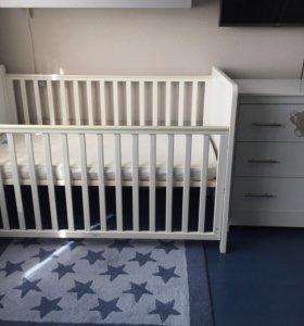 Кровать-трансформер с комодом Mothercare