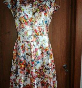 Платье размер 46-48 новое
