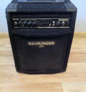 Басовый комбоусилитель Behringer Bxl 450