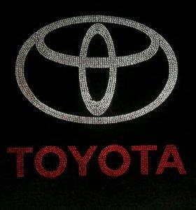 Автомобильные Чехлы велюровые Toyota