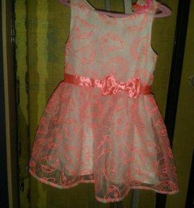 Модное платье H&M 98 см