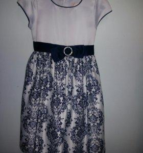 платье нарядное на 6-7лет