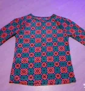 Блузка новая 36-38