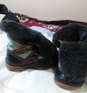 Зимние ботинки размер 22