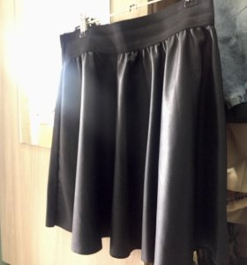 Кожаная юбка S-M