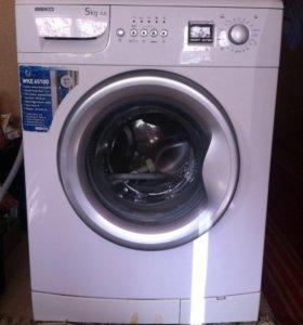 Продам стиральную машинку BEKO WKE65100 на запчаст