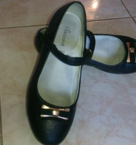 Туфли на девочку 35 размер