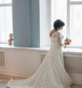 Шикарное свадебное платье (торг)