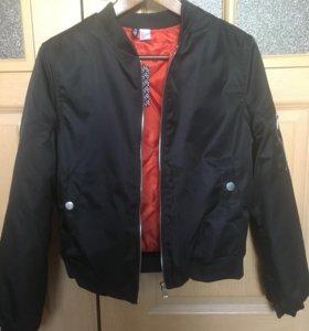 Женская куртка бомбер (новая)