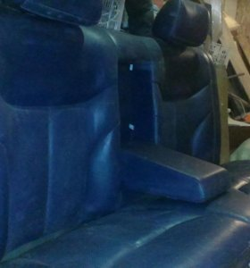 Продам заднее сиденье от мерса кожа