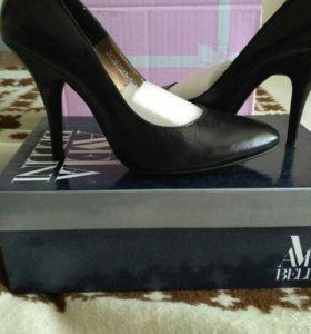 Туфли классика,новые