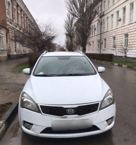 Продаю машину (КIA)