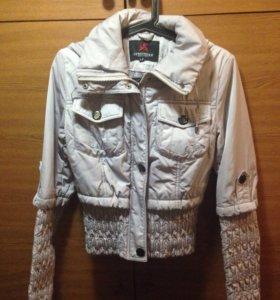 Демисезонная куртка 42-44р