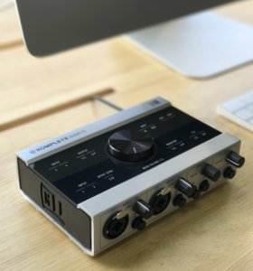 Аудиокарта Native Instruments Komplete Audio 6