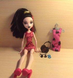 Кукла Monster High Дракулаура + аксессуары