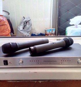 Радиостанция и 2 беспроводных микрофона