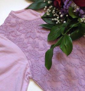 Нежная кружевная кофточка лилового цвета