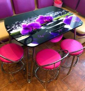 Стол раздвижной со стульями