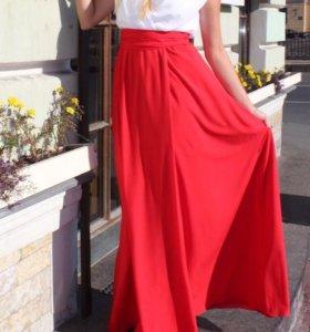 Красно-белое Платье в пол Золотой песок