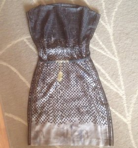 Платье Alexander McQueen 42-44