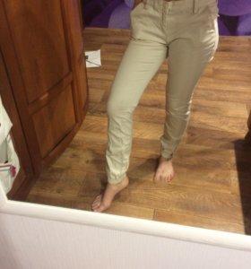 брюки бежевые