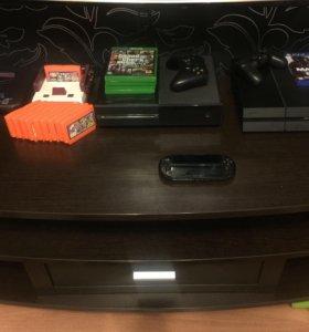 Коллекция игровых консолей