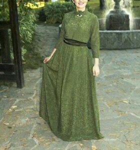 Вечернее платье кружевное 46-48