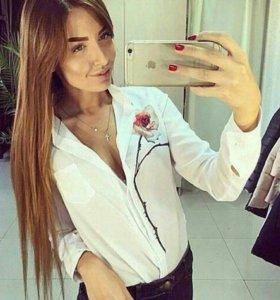 Блузка белая с розой 42-44