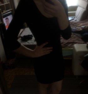 Чёрное маленькое платье