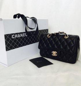 Новая брендовая сумка от Chanel