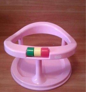 Подарю сиденье детское для купания на присосках
