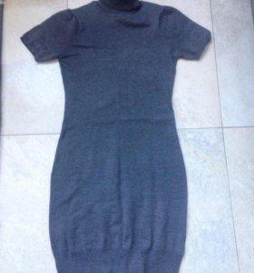 Серое платье 42-44р