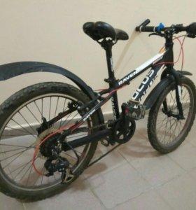 Велосипед подростковый для мальчика 7-9 лет.