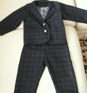 Продам костюм для мальчика!
