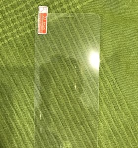 Защитные стекла на iPhone 7 plus