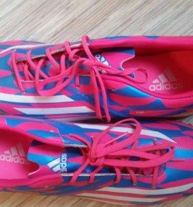 Бутсы для футбола adidas 41 размер