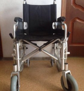 Инвалидное кресло (коляска)