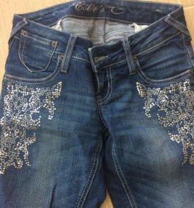 Джинсы 600₽ в ПОДАРОК джинсовая юбка