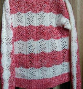 Пуловер на девочку 128-140рр