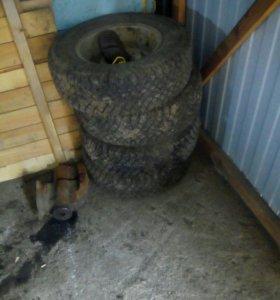Резина с дисками на Волгу четыре колёса